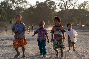Boygroup, Mandalay, Myanmar, Irrawady